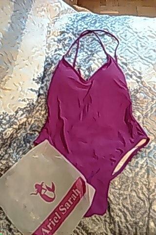 Ariel Sarah Brand Simple Solid One Piece Swimsuit Bathing Suit Women Sexy Deep-V Swimwear Halter Monokini Beachwear Bikini Q308