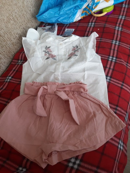 Refined Girl's Shorts & Top Clothing Set photo review