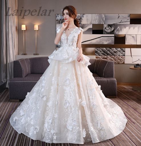 Laipelar 2018 lace flower Sweetheart White Ivory Fashion Sexy Dresses for brides plus size maxi size