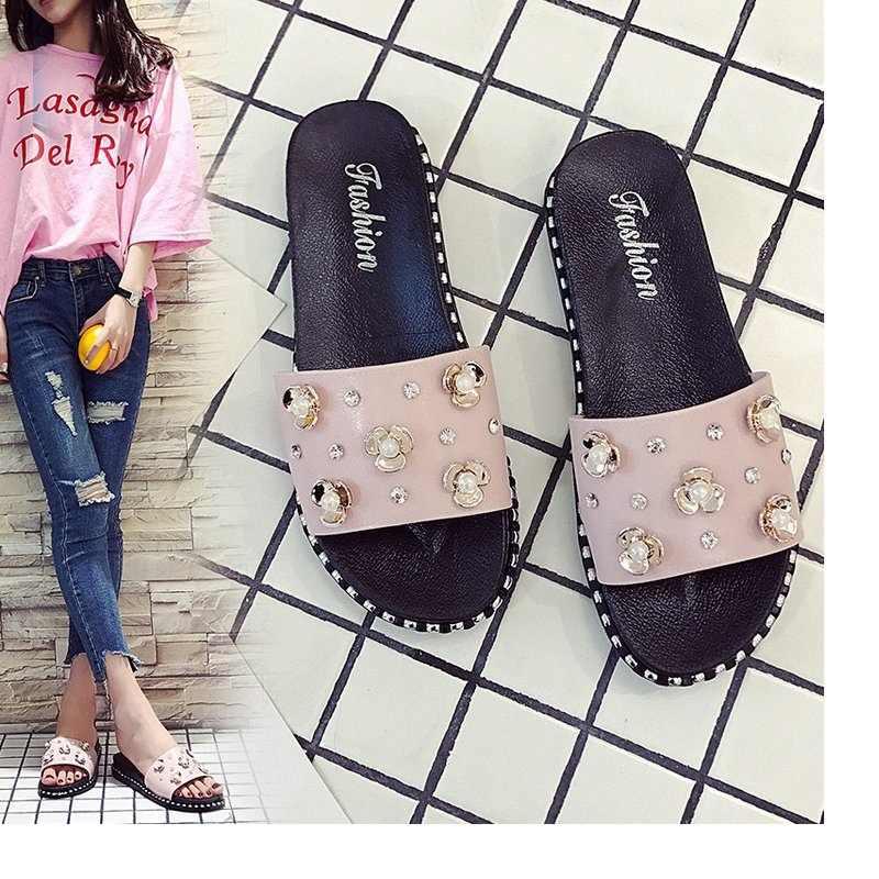 026d9435f3a Summer new ladies flat sandals and slippers female students rhinestone fashion  wear non-slip flip