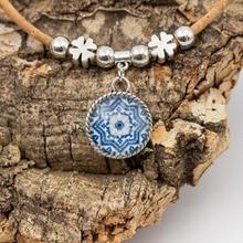 49873092ca8a Collar de corcho Natural con corcho azul tradicional de cerámica patrón de  color azul hecho a mano para mujer N-172-A