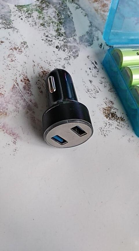 USB-розетка для автомобиля; USB-розетка для автомобиля; USB-розетка для автомобиля;