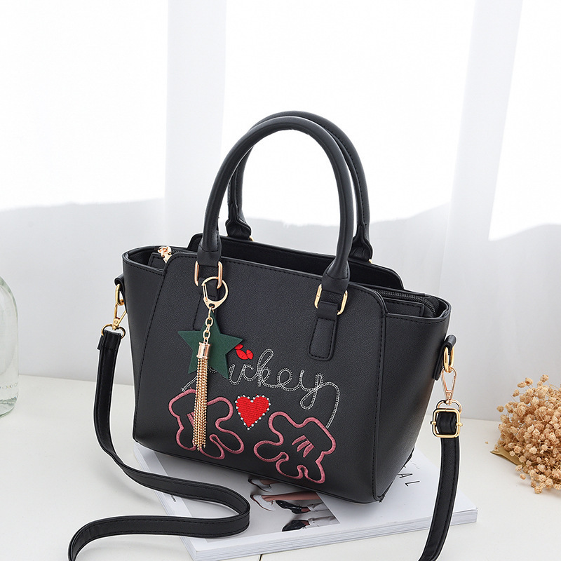 Emarald Woman Package Tide Atmosphere Bag Small Fresh Fashion Messenger Single Shoulder Package Handbag Generation Hair