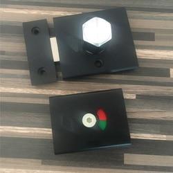 Aluminiowy matowy czarny zamek zatrzask z czerwoną zieloną lampką partycji wc kolei kciuka