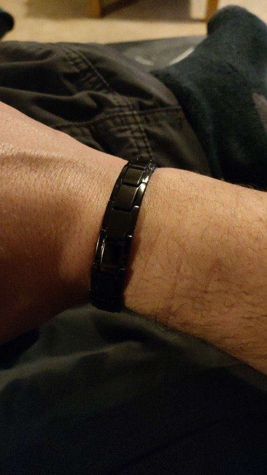 Magnetic Therapy Anti-Snoring Bracelet photo review