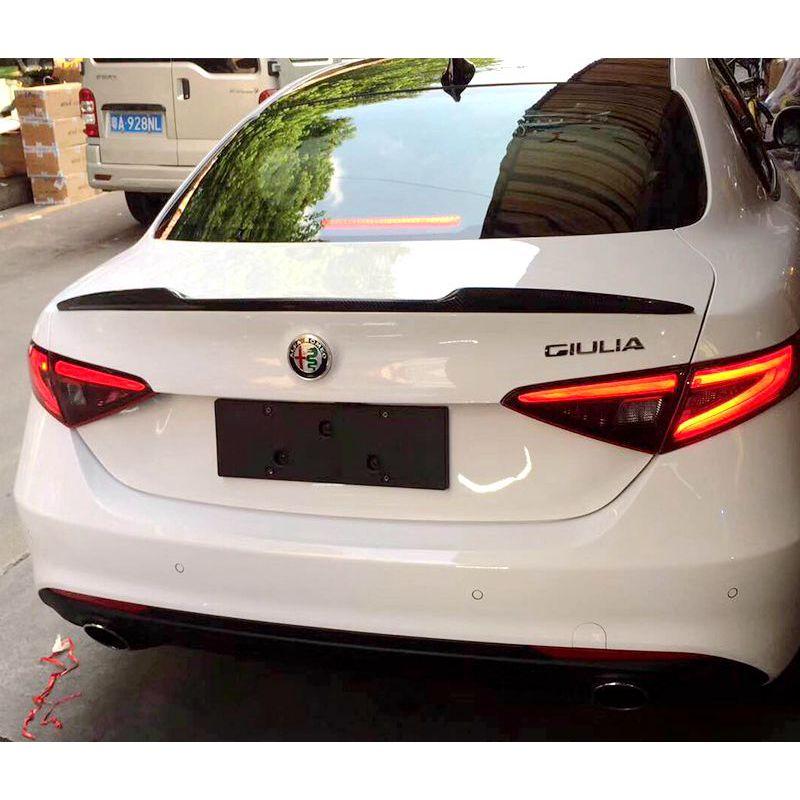 Pour Alfa Romeo Giulia becquet en Fiber de carbone/FRP aileron de coffre arrière finition noire Quadrifoglio Verde QV Style 2015-UP