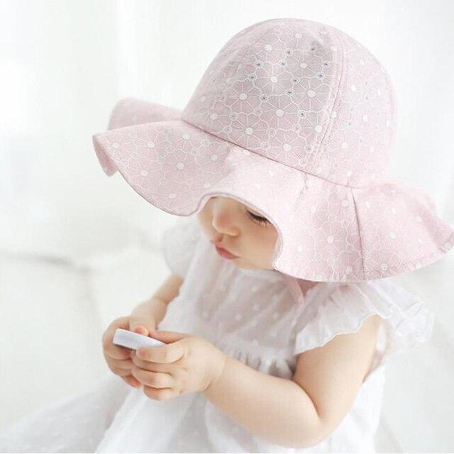 Encantador Da Criança Infantil Do Bebê Menina Verão Aba Larga Sol Praia  Proteção Chapéu de Algodão ba0cb7aabfa