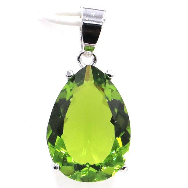 SheCrown Water Drop 18x3mm Green Peridot Womans Silver Pendant 27x13mmSheCrown Water Drop 18x3mm Green Peridot Womans Silver Pendant 27x13mm