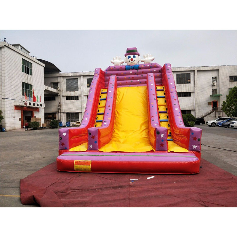 Inflatable Giant Slide: Outdoor Inflatable Big Slide Giant Inflatable Dry Slide