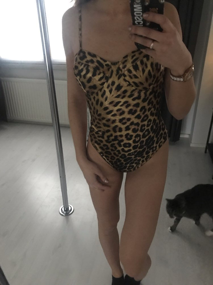 Leopard Print Form Skinny Cami Sexy Bodysuit Women Fashion Sleeveless Streetwear Club Party Ladies Bodysuits photo review