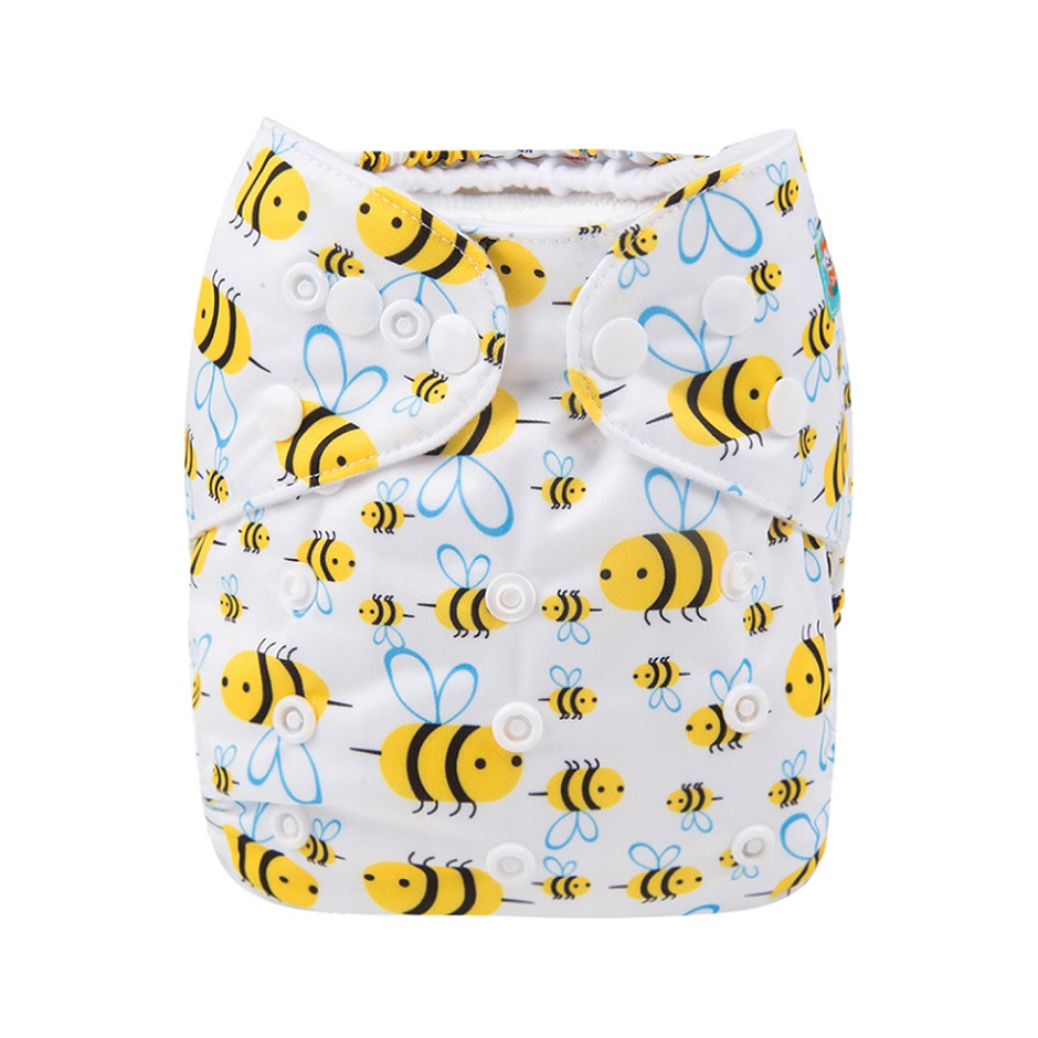 50pcs per Lot 2019 New Printed Diapers Each Diaper Includes 1pc Microfiber Insert
