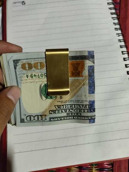 1PC Thin Section Brass Money Clip Cash Clamp Holder Portable Money Clip Wallet Purse for Pocket Metal Money Holder photo review