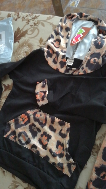 Baby Girl's Leopard Patterned Clothing Set photo review