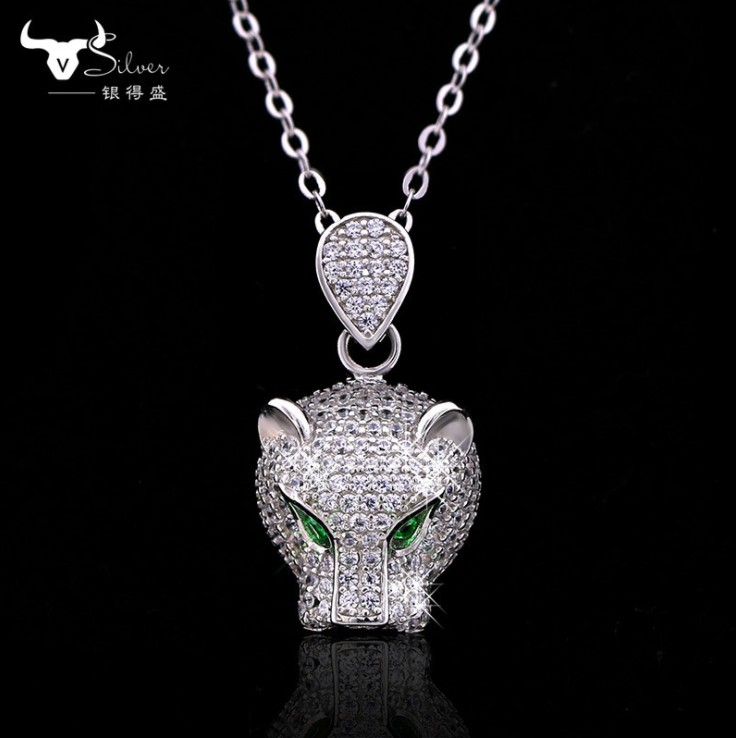 Europe domineering personality high-grade leopard head pendant 925 silver Crystals From Austrian Pendant Necklaces Women