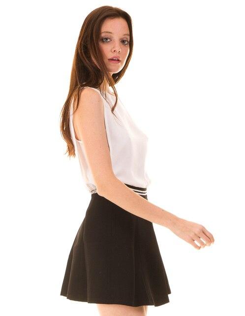 f02d70406d326 Falda vuelo negra de Morgan de Toi en Faldas de La ropa de las ...