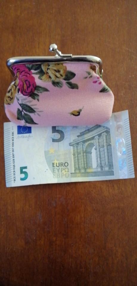 Hot Sale Women Coin Purse Cute Wallet Lady Retro Vintage Flower Small Wallet Hasp Purse Kawaii Bag Clutch Bag Monedero #A9 photo review