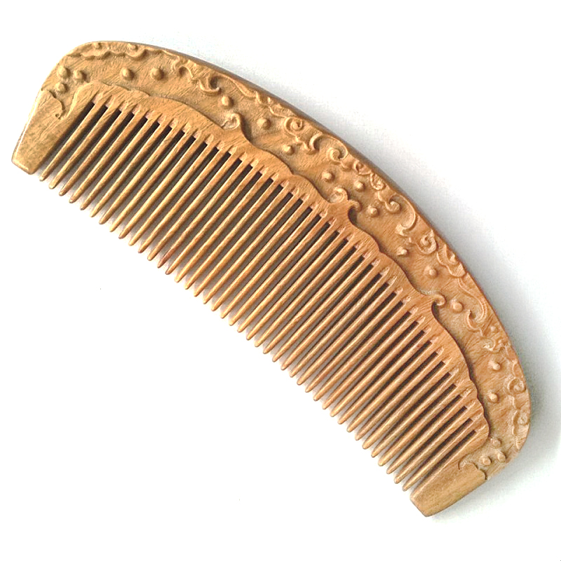 MC Brand 2017 Fancy Carved Comb Hair Care Products Health Natural Massage Sandalwood Hair Wooden Combs Gift Detangling Brush