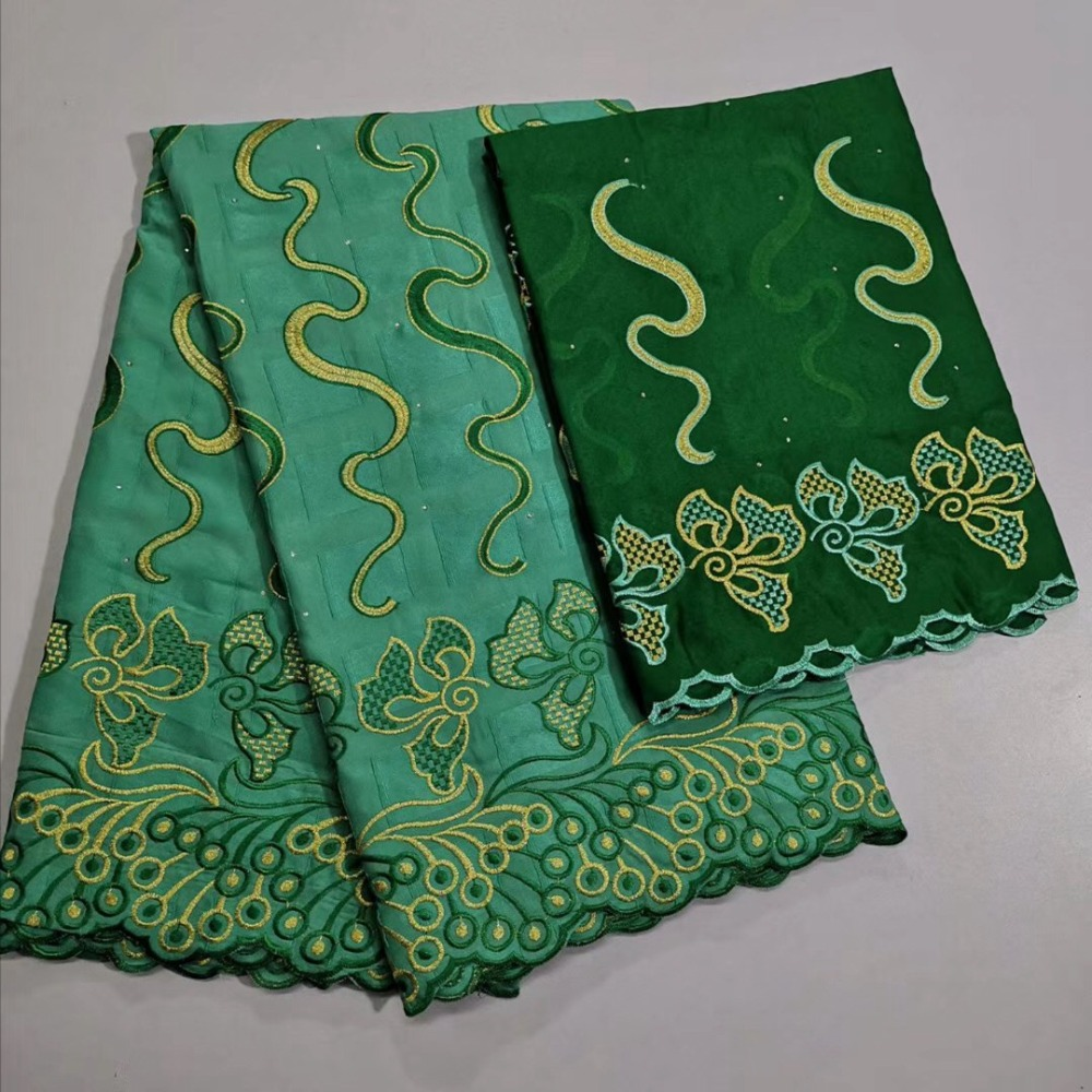 Nigerian Green Square Desiges 100 Cotton Premium Laser Cutting Swiss Voile Dry Lace Fabric Embroidered in
