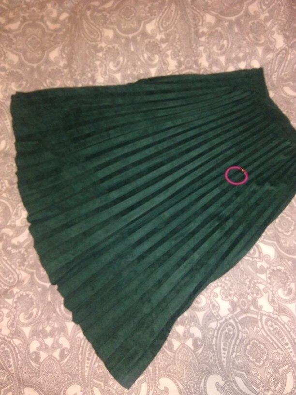 Женственная юбка плиссе из эко-замши