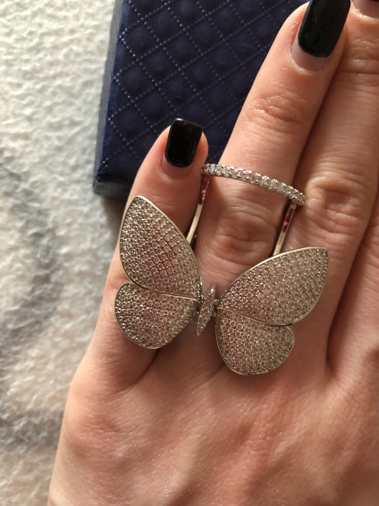 Butterfly Ring with Movable Wings photo review