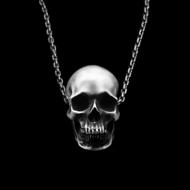 STAINLESS STEEL SKULL HEAD NECKLACE