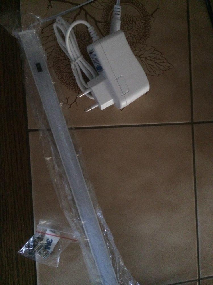 Источник питания:: переменного тока; шкаф пластиковый; Напряжение:: 220-240В; ящик лампа;