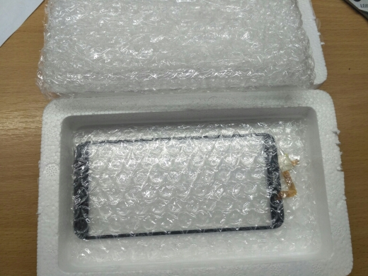 Италия телефоне; 5-дюймовый дисплей; сенсорная панель; сенсорная панель;