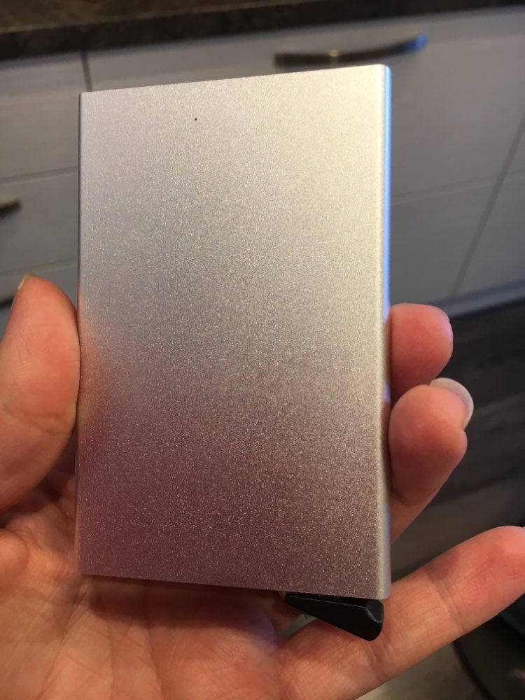 Men Aluminum Wallet With Back Pocket ID Card Holder RFID Blocking Mini Slim Metal Wallet Automatic Pop up Credit Card Coin Purse photo review