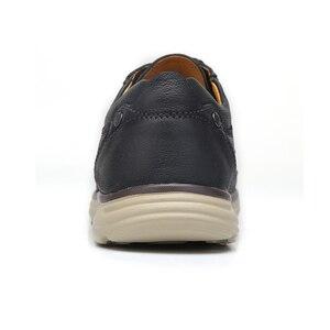 Image 4 - DEVE Hakiki Deri erkek ayakkabıları İlkbahar Yaz Yumuşak Inek Derisi erkek Loaferlar Hafif Nefes Delik Erkekler rahat ayakkabılar