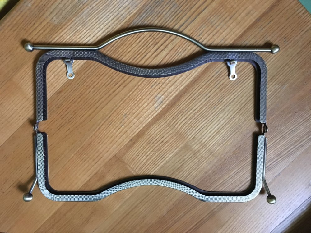 1pc 27cm Purse Handle Frame Metal Coin Bag Kiss Clasp Lock or Clutch Bag Handle Arch Frame DIY Purse Handbag Accessories photo review