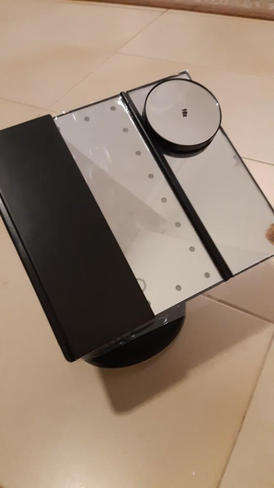 Foldable Triple-Panel LED Vanity Mirror
