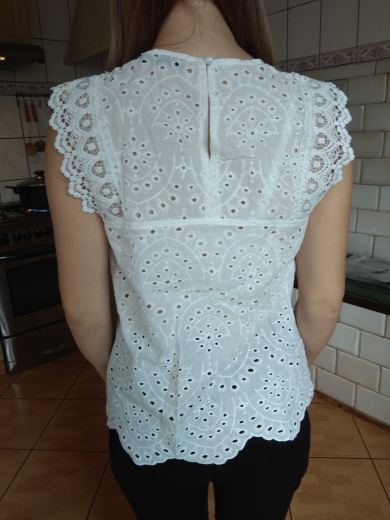 Scallop Hem Lace Insert Schiffy White Blouse Boho Cotton Sleeveless Ladies Tops Summer Solid Womens Tops And Blouses photo review