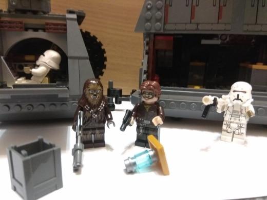 LEPIN 05149 Snoke's Throne Room Block Set (697Pcs) photo review