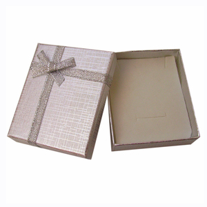 Image 4 - 24pcs Paper Gift Box with White Sponge 7x8x2.5cm Jewelry Display Box for Jewellery Necklace Ring Earring Storage Packing