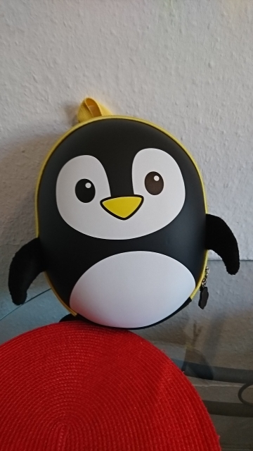 BAIJIAWEI New EVA Penguin Schoolbag Children Backpack Hard Shell Backpack Cartoon Lovely Mini Shoulder Bag Kids Cute Bags photo review