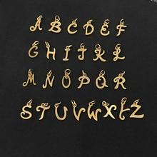 26からピース/ロットにzグレース瞬間イニシャルアルファベットペンダントステンレス鋼ゴールド手紙全体26手紙チャームdiyジュエリー