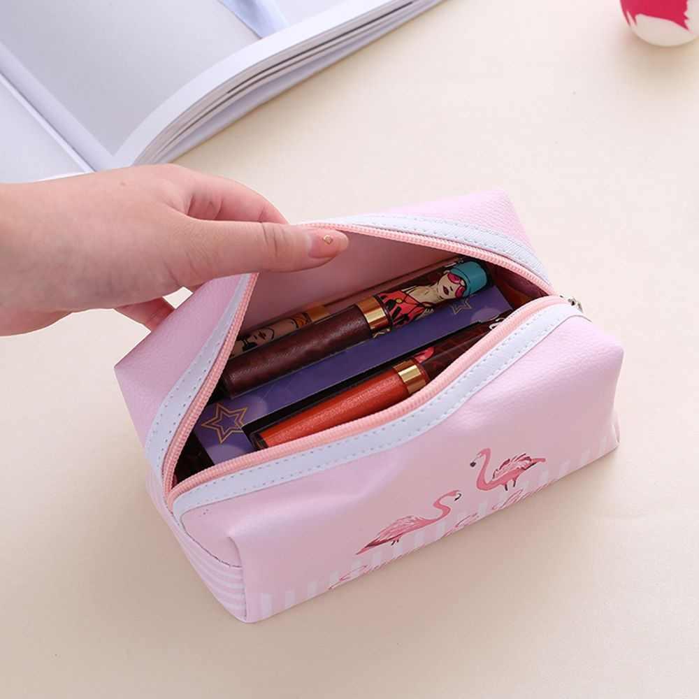 PACGOTH การ์ดคีย์หูฟังเครื่องสำอางค์กระเป๋าซิป Flamingo ขนาดใหญ่การ์ตูน Travel กระเป๋าเครื่องสำอางค์ขนาด 18.5*8.5*8.5 ซม.