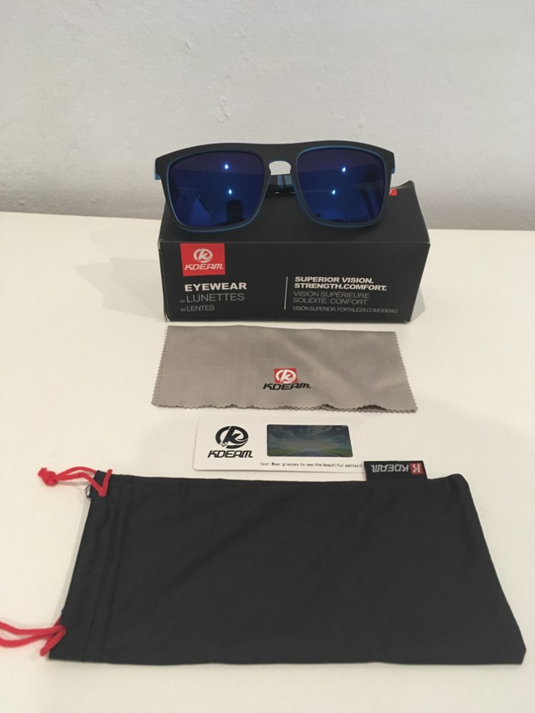 Модные парень солнцезащитные очки из Kdeam поляризованных солнцезащитных очков Мужчины Классический дизайн все-Fit зеркало солнцезащитных очков с брендом Box CE