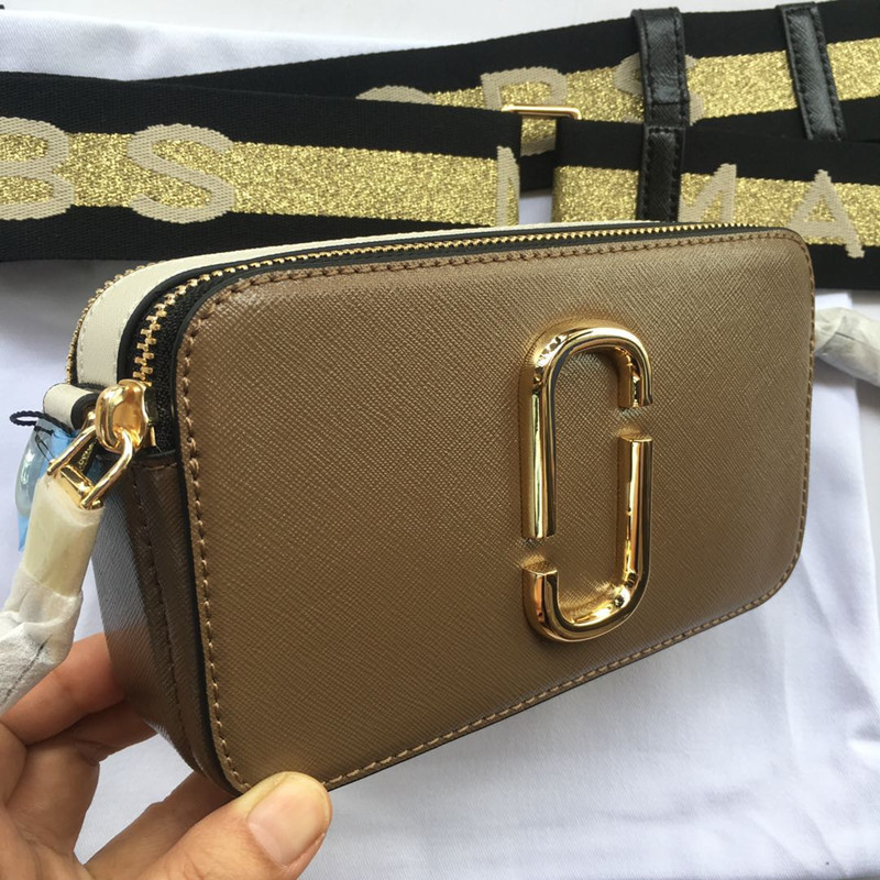 2019 new camera bag wide shoulder strap mixed color stitching small square bag leather ladies handbag double zipper small should2019 new camera bag wide shoulder strap mixed color stitching small square bag leather ladies handbag double zipper small should