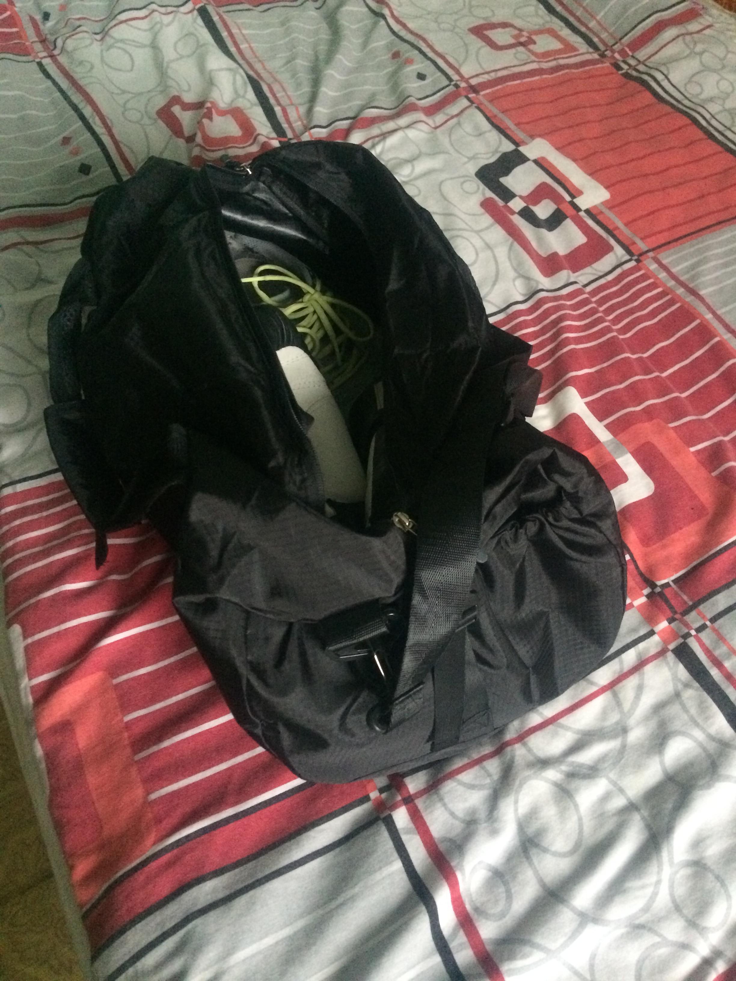 Scione Waterproof Travel Bag Multifunction Travel Duffle Bags for Men & Women Collapsible Bag Large Capacity Duffel Folding Bags photo review