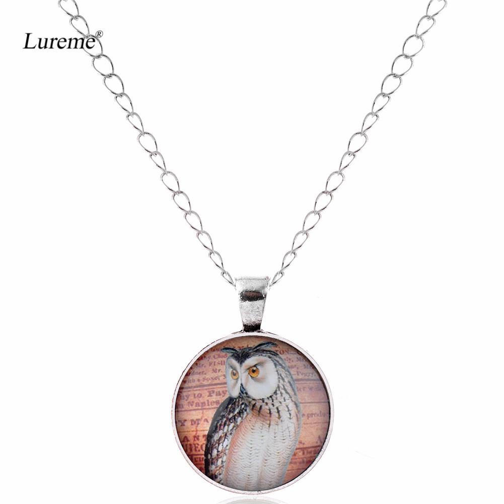 Lureme Retro Glass Time Gem Silver Chain Pendant Necklace for Women and Grils Gift (nl005891)