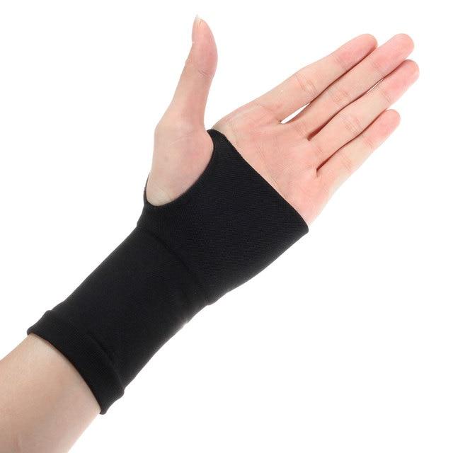 Кистевой эластичный фиксатор перчатка