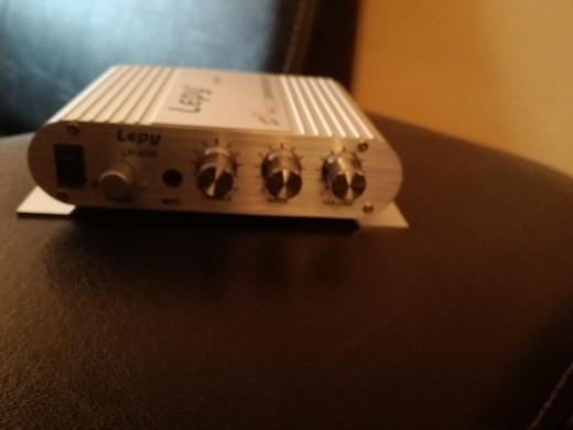 спикер subwoof; Входное напряжение:: 12 В постоянного тока~18В 3А; tda7293;