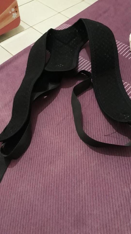 Redresse dos discret et ajustable pour maintenir le dos droit photo review