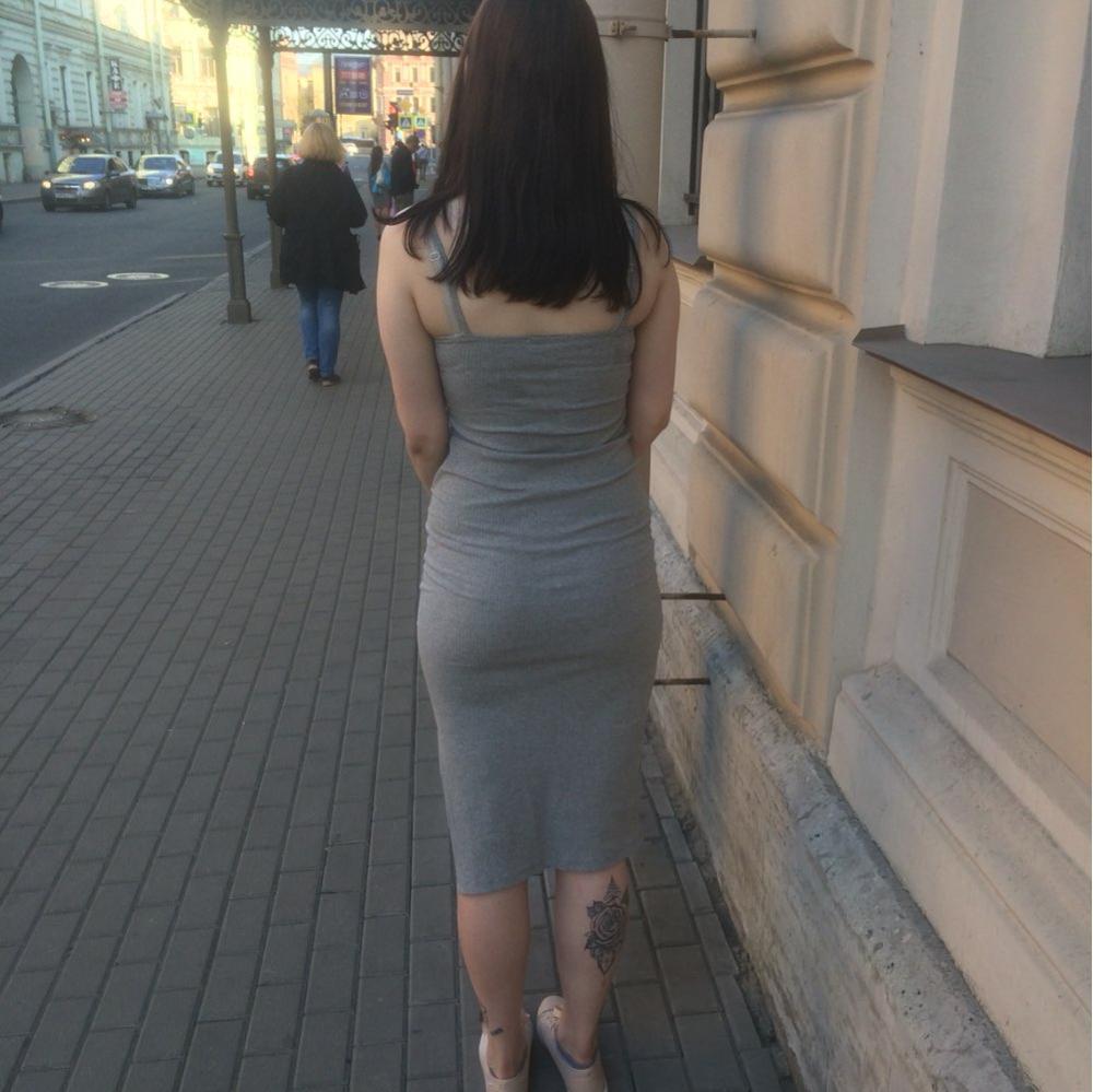 Женские попки просвечивающаяся одежда