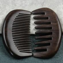 Sono realizzati in pelle ecologica di alta qualità e il loro interno è rivestito in pelliccia.