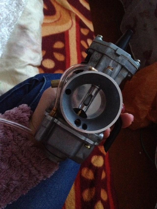 банк мощности; Цвет:: Серый; карбюраторный двигатель главного; Цвет:: Серый;