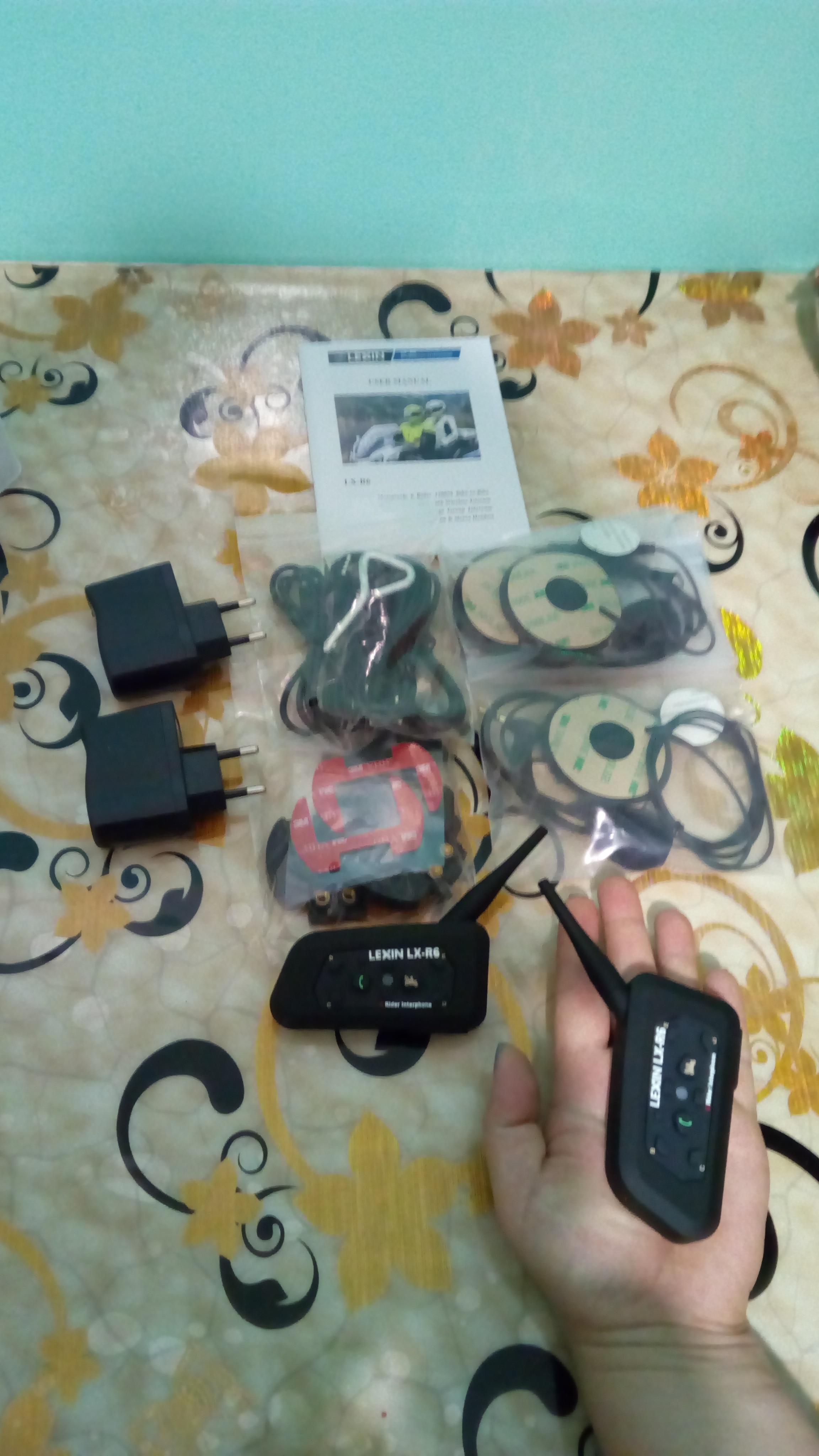 2PCS Lexin R6 Motorcycle Bluetooth Helmet Headsets Intercom for 6 riders BT Wireless intercomunicador Interphone MP3