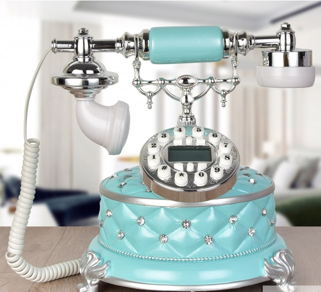 Antique telephone fashion vintage old fashioned telephone fashion household Blue screen Caller ID