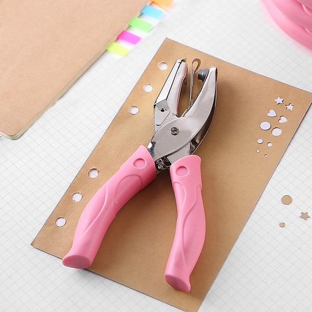 Hand Held Roze Metalen Papier Perforator Hart Cirkel Vorm Enkele Gat voor Plakboek Notebook Wenskaarten Puncher Hand Tool